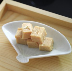 福光屋さんの豆腐味噌