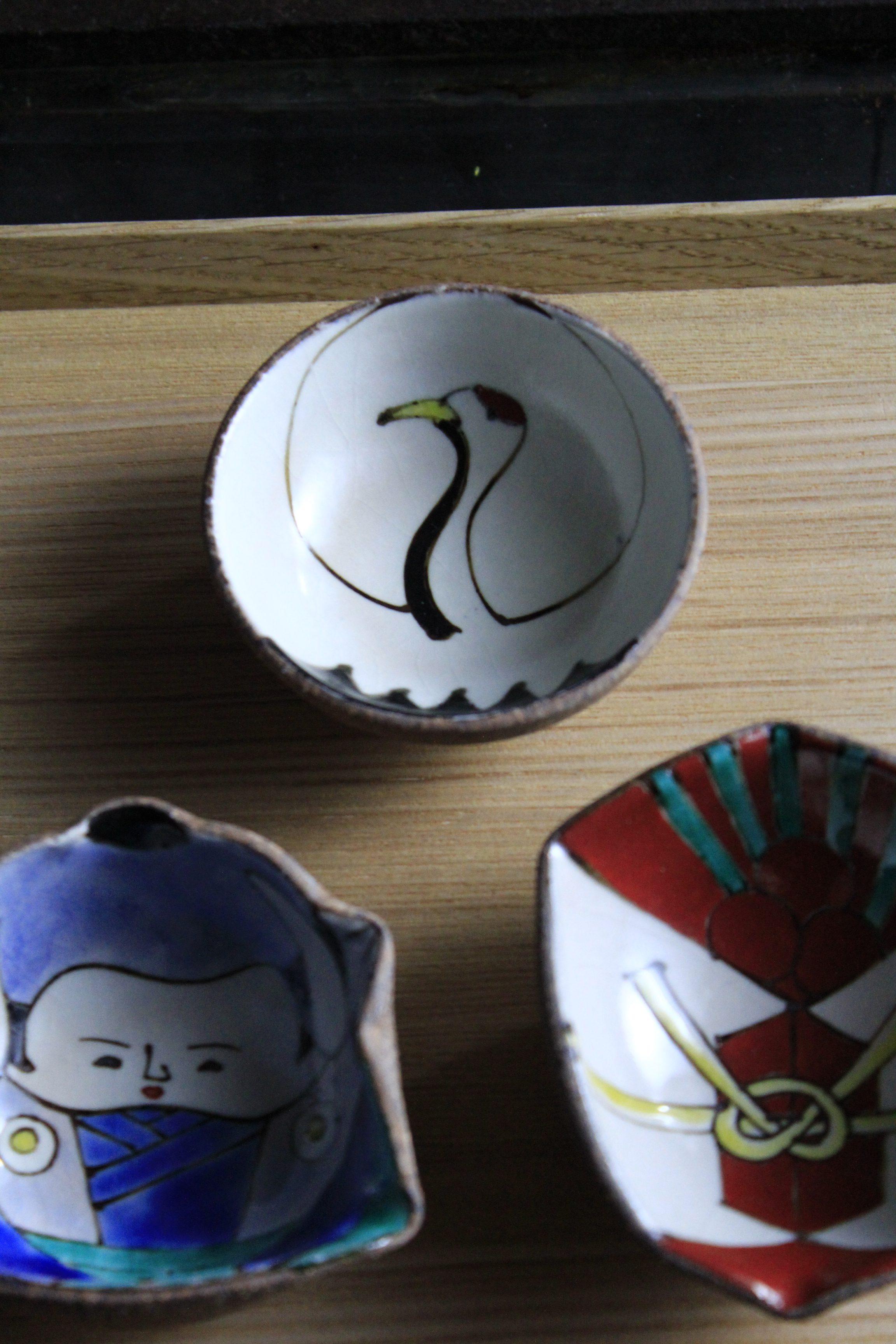 写真②鶴の小皿